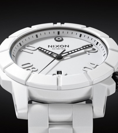 Nixon-Official-Star-Wars-Watch-Stormtrooper-2