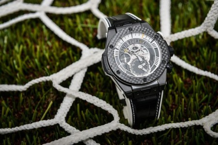 hublot-big-bang-unico-bi-retrograde-juventus_2