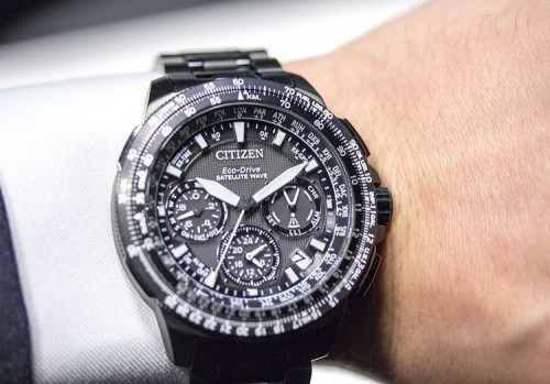 Citizen Eco-Drive Sky Hawk-A-T и Navihawk